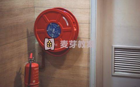 幼兒園消防安全教育教案大全(我是小小消防員,我不玩火,火災逃生等)
